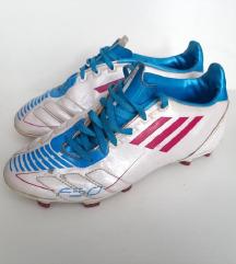 Adidas kopačke nogometne tenisice 35