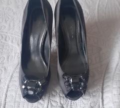 Sandale 37 br  (cijena po dogovoru)