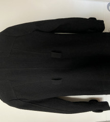 Crni zenski kaput