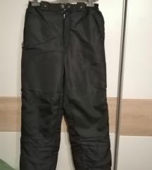 crne skijaške hlače