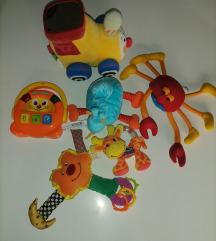 Lot mekanih igračaka i zvecki