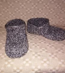 Tople papuce za sire stopalo br. 41-42