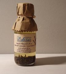 Ulje badema i prirodno eterično ulje lavande
