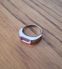 Prsten od kirurškog čelika s rozim kristalom