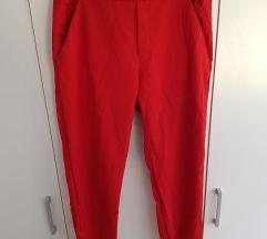 Zara crvene hlače CIJENA S POSTARINOM