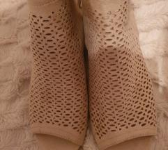 Beige sandale 40 41