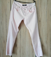 Roza ljetne hlače vel. 40 15 kn