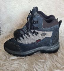 ZIMSKE nepromočive cipele br.37