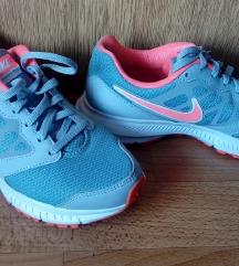 * NOVE * ORGINAL Nike tenisice