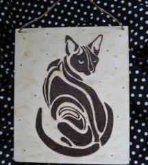 Pirografija na drvetu, maca u tribal stilu