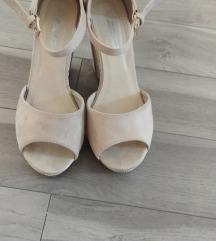 Platforma sandale
