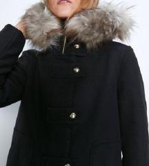 Zara kaput s bogatim krznom s etiketom%%%