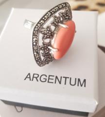 Srebrni prsten s markazitima