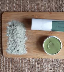 Antibakterijska pasta s zel glinom i neem prahom