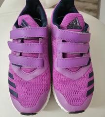 Adidas tenisice vel 33