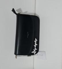 Crna david jones torbica 70kn