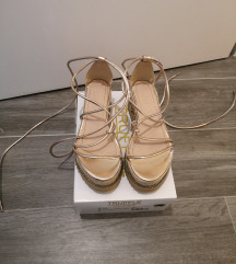 Platforma sandale na vezanje oko noge