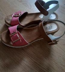 Rozo- bijele sandale
