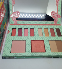 Benefit - Party Like A Flockstar paleta