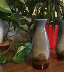 Dvije vazice s motivom drveća i ptica