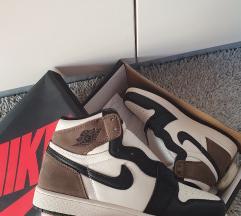 Nike Air Jordan 1 Retro High OG Dark Mocha broj 39