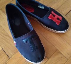 Tommy Hilfiger cipele br 40