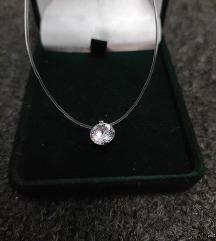 Austrijski kristalić (nevidljiva ogrlica)