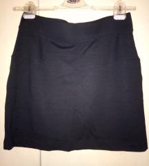 ESMARA crna suknja-nova!