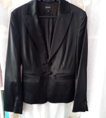 Crni sako od satena