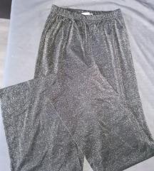 Crne šljokaste hlače širokih nogavica M