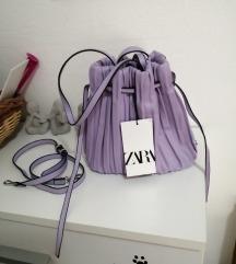 Zara plisirana torba Novo