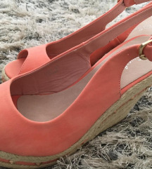 Nove sandale Postarina ukljucena