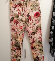 Cvijetne hlače S