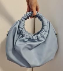 Baby blue plava reserved torbica