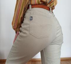 Vintage hlače visokog struka