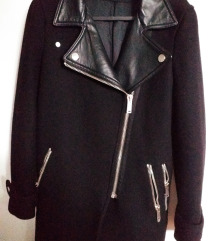 %%Zara crni kaput