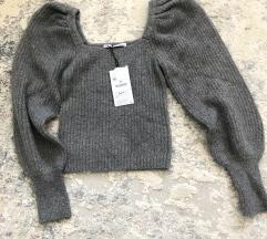 Zara NOVI S ETIKETOM sivi pulover puff rukavi