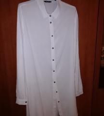 Dugačka bijela košulja