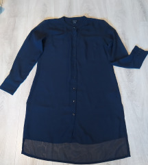 Duga plava košulja
