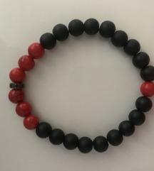 Narukvica crno-crvena