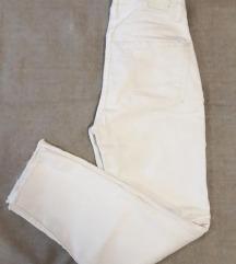Bijele hlače visoki struk S Bershka