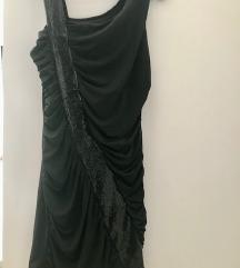 Mala crna haljinica za izlazak