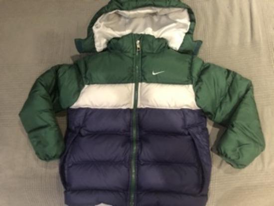 Nike pernata jakna 6-7god