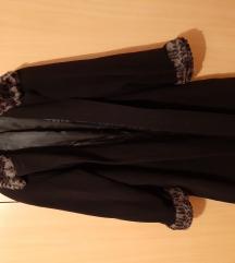 Novi crni kaput