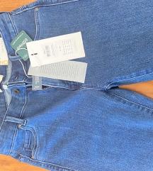 Nove traperice s etiketom (poš.u cijeni)