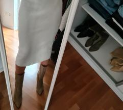 Bijela pletena suknja