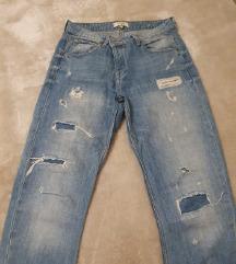 Mango - boyfriend jeans 80 kn
