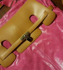 Kožna torba sa etiketom