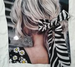 Modina majica s mašnom