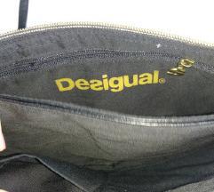 Desigual torbica sa dvije razlicite strane